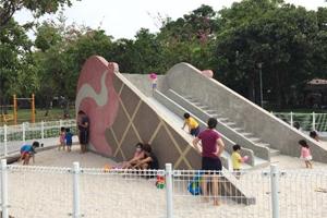 西屯區福星公園改造 冰淇淋溜滑梯吸睛