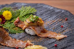【台中·西區】日月湖日本料理|各種精緻套餐,處處用心備感尊榮,師傅手藝高超擺盤超美~