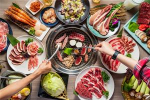 【台中·西屯區】羊角炭火燒肉|不只是吃到飽,推出精緻套餐,還有各種生猛活蝦龍蝦,聚餐更加氣派!