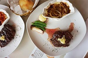 【台中‧北區】日盛精緻牛排館│老饕也瘋狂!CP值爆表的牛排饗宴